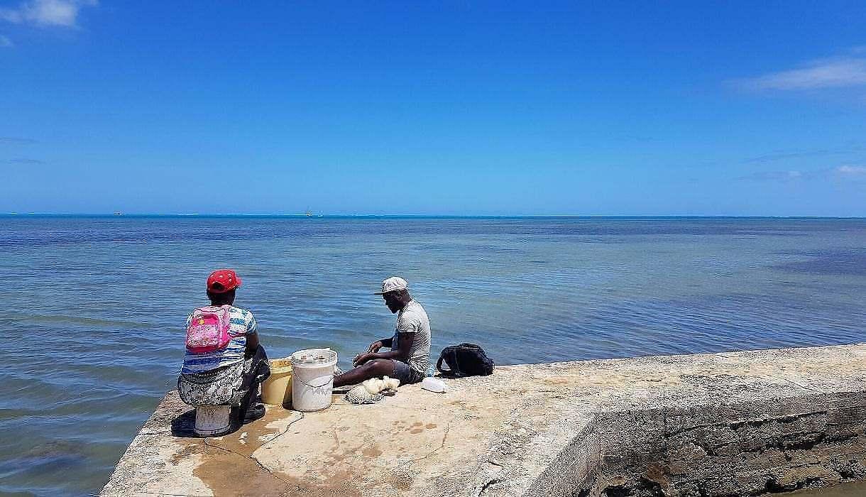 pêcheur 2 Salines de Riviere-Noire, Ile Maurice